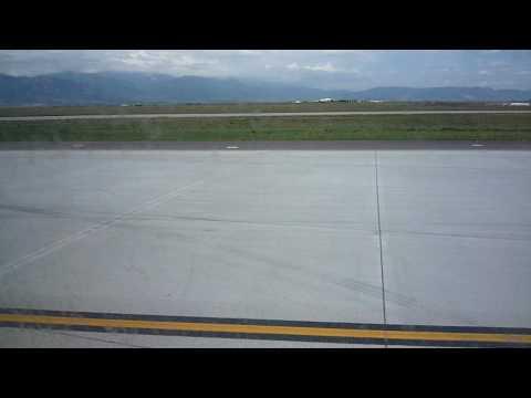 Landing at Colorado Springs (From Denver)