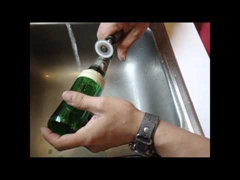 Making a Drinking Glass out of a Beer Bottle