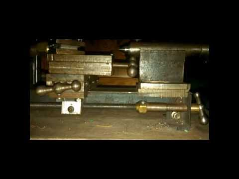 Miniature Model Lathe That i built on May 2013