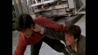 Jackie Chan Fights Muay Thai Master and Tae Kwon Do Master (Who Am I) 我是谁