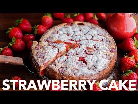 Easy Strawberry Cake with Strawberry Sauce - Natasha's Kitchen