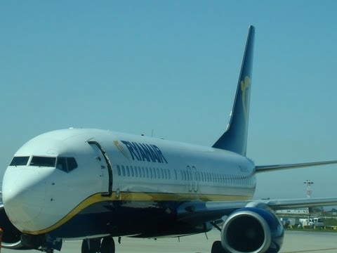 Ryanair Flight from Porto to  Madrid-Barajas