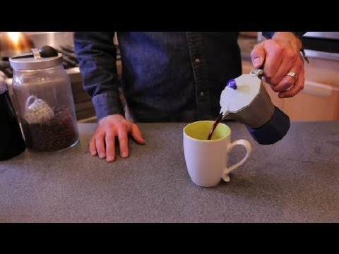 How to Make an Easy Milk Chocolate Mocha at Home : Mochas