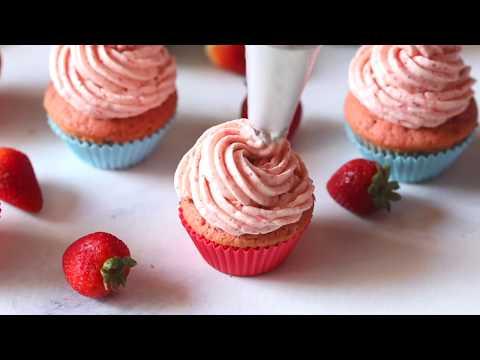 Homemade Strawberry Cupcakes Recipe