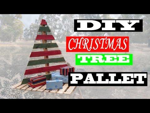 DIY Christmas Tree Pallet!