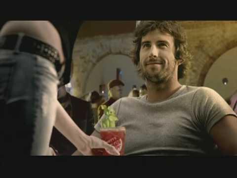 Mott's Clamato Caesar Commercial (2009)