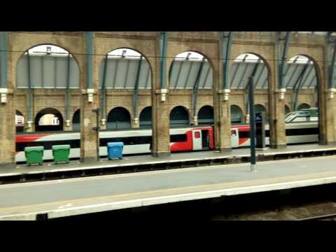 Visiting London - King's Cross Station Platforms 9 and 8