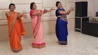 BRIDE's MOTHER DANCE // SANGEET // SONI CHIRIYA  &  MEHNDI HAI RACHNE WALI