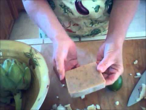 Coffee Soap rids hands of garlic and onion odor