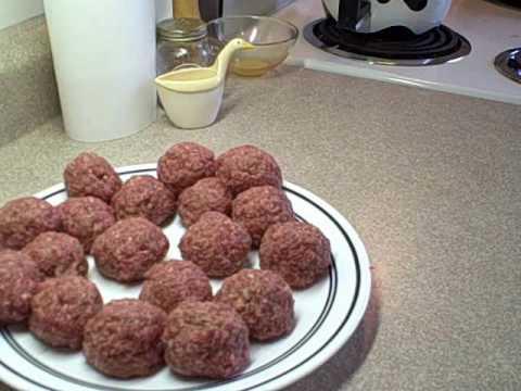 Mozzarella (Bocconcini) stuffed meatball recipe