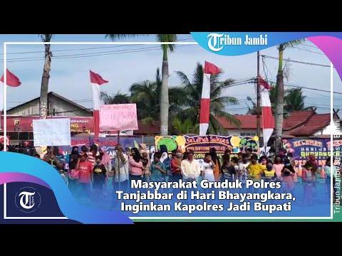 Masyarakat Gruduk Polres Tanjabbar di Hari Bhayangkara, Inginkan Kapolres Jadi Bupati