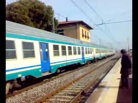 Treno Regionale 11714 Da Pisa Aeroporto per Firenze SMN