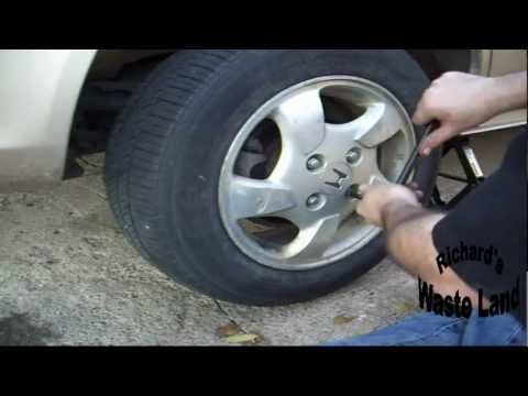 How to change the rear brakes on a Honda Accord.