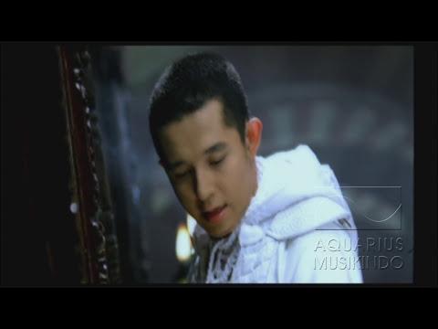 Melly Goeslaw Ketika Cinta Bertasbih (feat. Amee)