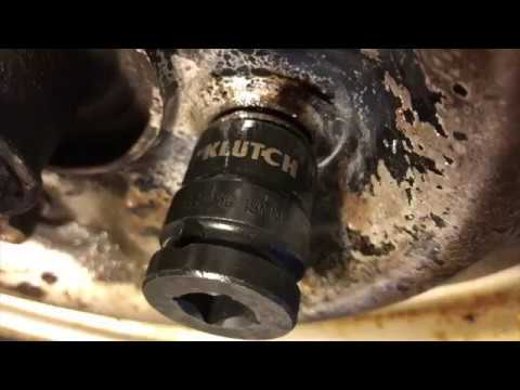 How To Remove Stripped, Seized and Rusted Lug nuts and bolts KLUTCH Extractor Set
