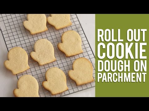 How to Roll Out Cookies on Parchment Paper