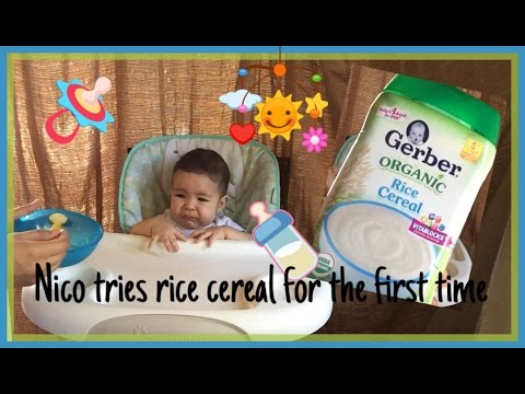 How to mix Rice Cereal and Breastmilk / baby first reaction