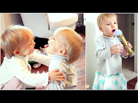 Day in the Life: Violet Puts on a Show! | Kendra Atkins