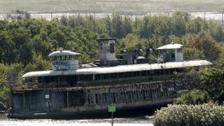 Abandoned Ships, Ferries and Liners