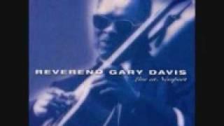 Reverend Gary Davis - She Wouldn