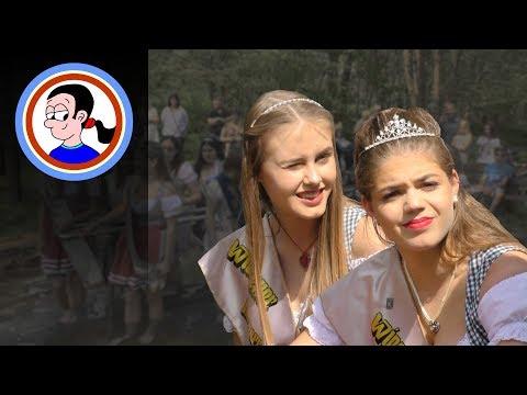 The Festival Queens' Kneipp cure / Wassertreten der Königinnen