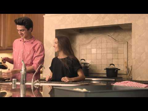 Attempting to Cook and Share A Coke with my Mom | Brent Rivera