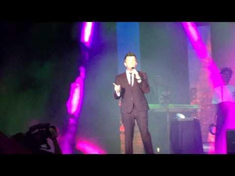 Rick Astley - Keep Singing, Cancun México 12-Feb-16