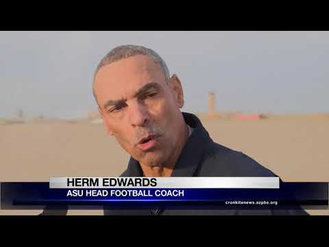 ASU football coach Herm Edwards flies with the Navy's Blue Angels | Cronkite News