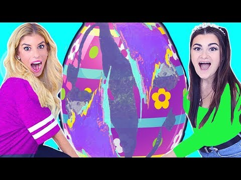 World's Largest DIY Giant Egg with Cloe Couture!
