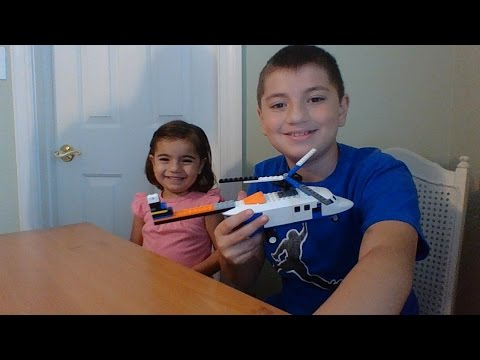 Instructions on How To Make an Easy LEGO Helicopter at Home