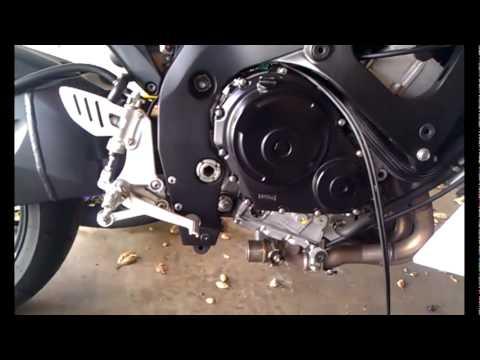 Energian Saasto—These Suzuki Gsxr 1000 K4 Exhaust Valve Removal