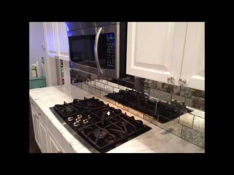 Kitchen Backsplash Looks Clean