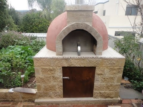 Construction of a Pompeii Wood Fired Pizza Oven