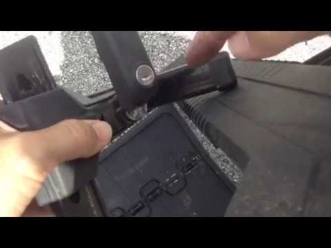How to remove Thule lock cores without a control key