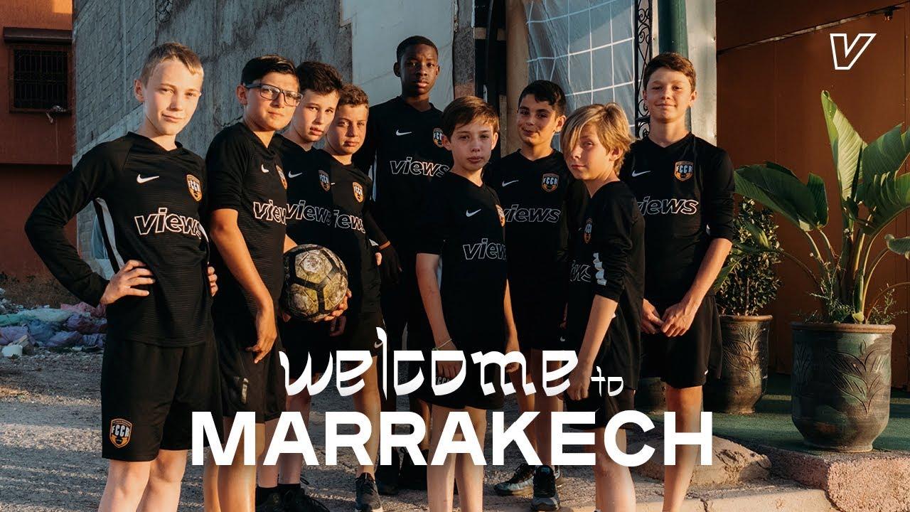 On s'envole au Maroc avec une jeune équipe de foot   Reportage