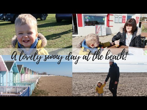 A LOVELY SUNNY DAY AT THE BEACH | THE SATURDAY VLOG #35 | CARLY ELLEN