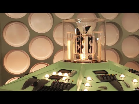 Time-lapse | First Doctor's TARDIS Console | Doctor Who