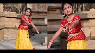 Kannukul pothi vaipen performance by Prekshitha