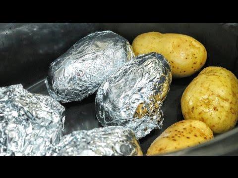 Slow Cooker Baked Potatoes   Tastefully Vikkie