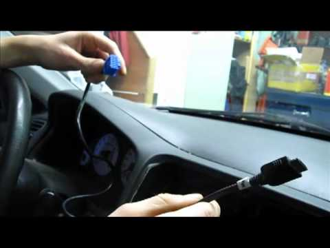 Honda Civic and Acura EL  iPhone, iPod, AUX adapter installation for 2001, 2002, 2003, 2004, 2005
