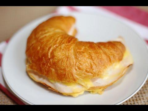 Breakfast Recipe : Smoked Chicken Breast & Cheese Croissant