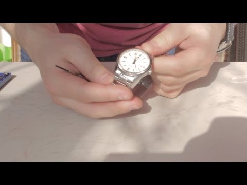 Changing the battery on a Casio WR 50M MTP-1302 wristwatch