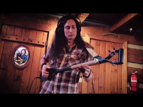 3-STRING SHOVEL GUITAR! | Recording in Cash Cabin Studio for