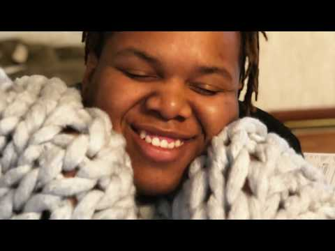 DIY How to Make a Chunky Knit Blanket MADE SIMPLE