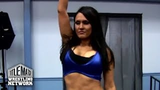 La Rosa Negra vs Cheerleader Melissa - Bombshell Ladies of Wrestling