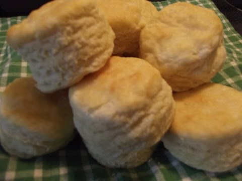 Old Fashioned Buttermilk Biscuits - The Hillbilly Kitchen