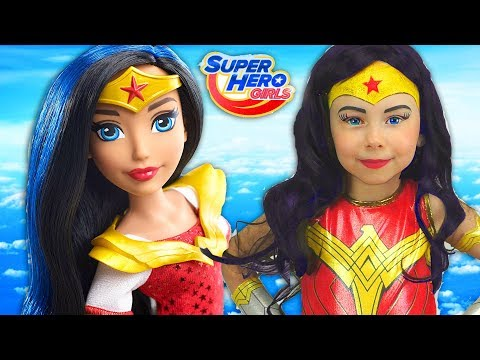 Xxx Mp4 Super Hero Girls Kids Makeup Alisa Draw A Toddler Doll With Colors Paints Cosplay For Little Heroes 3gp Sex