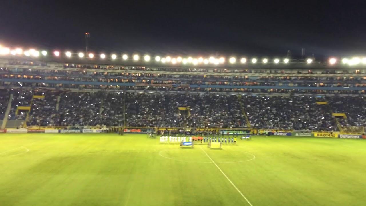 Himno nacional de El Salvador vs Mexico Estadio Cuscatlán