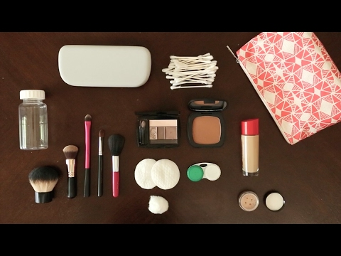 Travel Packing Tips: How to Pack Your Makeup Bag