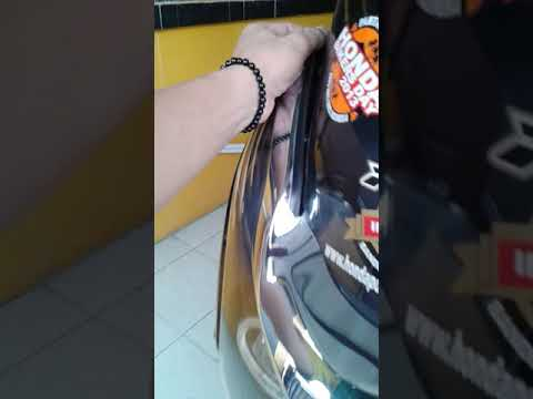 Remove and Install Windshield of PCX150